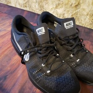 Nike sneakers. Size 15. Black color